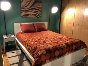 Queen size bed frame with mattress and night stand for Sale in Nashville, TN
