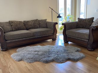 Plunkett Furniture Couch And Loveseat for Sale in Glenview,  IL