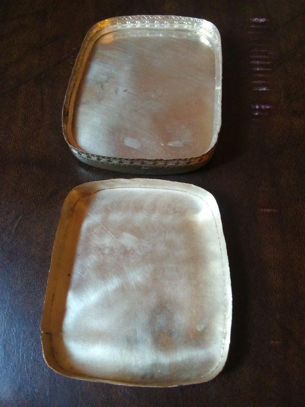 Vintage porcelain box