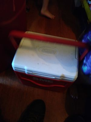 COLEMAN COOLER for Sale in Obetz, OH