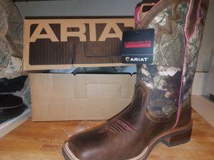 Ariat womans boots for Sale in Brandon, FL