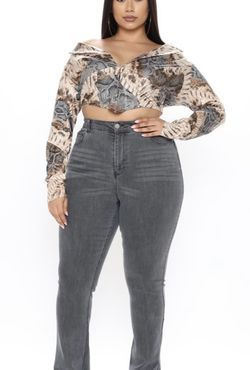 Brand New Fashion Nova Jeans Size 16plus for Sale in Nellis Air Force Base,  NV
