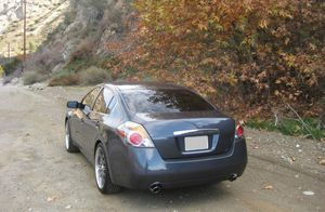2009 nissan altima All service very good for Sale in Rochester, NY