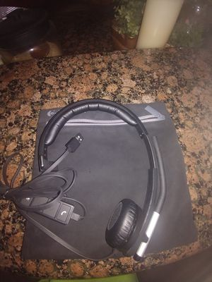 LIKE NEW LOGITECH H570E HEADPHONES for Sale in Aliso Viejo, CA