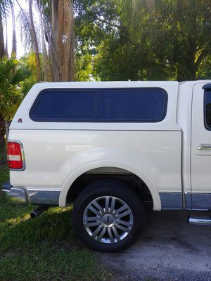 LEER Camper for Sale in Tampa, FL