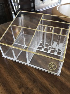 Desk or counter or makeup caddy for supplies for Sale in Davie, FL