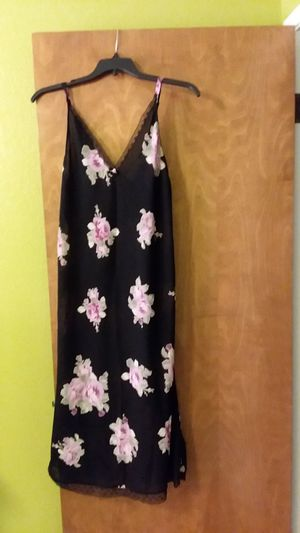 Nightgown long for Sale in Tulare, CA