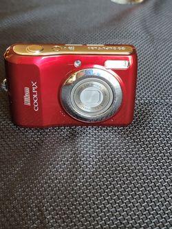 Nikon coolpix digital camera for Sale in Meridian,  ID