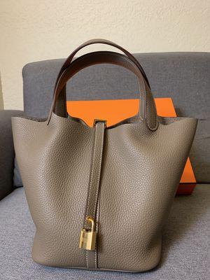 Hermès Bag - Picotin Lock 22 (Etoupe) for Sale in Alhambra, CA