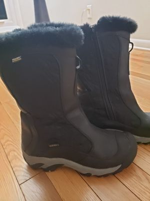 Keen size 7 winter boots. for Sale in Trout Valley, IL