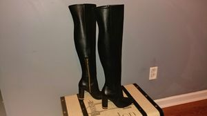 New Michael Kors over-the-knee black leather boots size 5 for Sale in Smyrna, TN