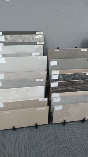 Tile ceramic and porcelain for Sale in Irving, TX