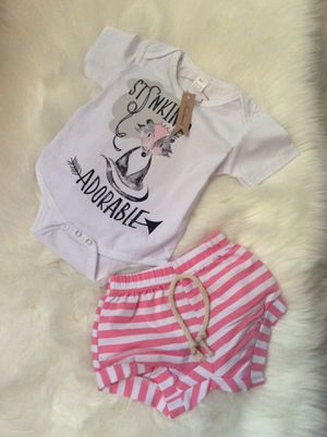 Baby girl outfit 2 pieces size 6-9 months for Sale in Los Angeles, CA