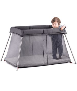 Baby Bjorn Travel Crib / Pack and Play for Sale in Philadelphia, PA