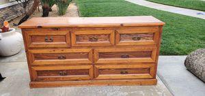 Dresser with mirror for Sale in Hemet, CA