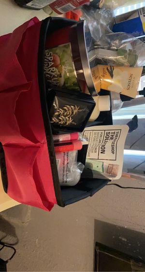 Avon gift basket for Sale in Dallas, TX