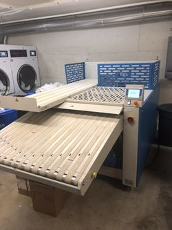Vega Systems Towel Folding Machine (OPEN BOX-Brand New) Bought For +$30,000! for Sale in Leavenworth,  WA