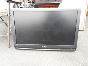 Emerson 32 inch Flat Screen TV for Sale in Fresno, CA