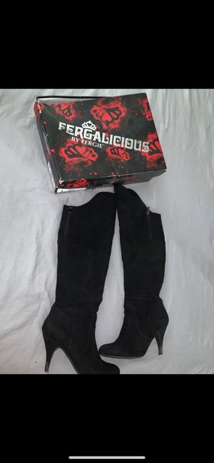 Black over the knee boots size 8 for Sale in Dallas, TX