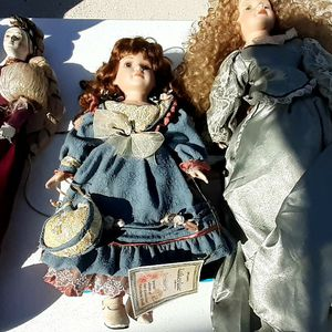 Porcelain Dolls And Other Collectible Items The Whole Lot $30 for Sale in Lake Wales, FL