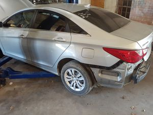 Hyundai sonata 2011 to 2014 part for Sale in Fort Worth, TX