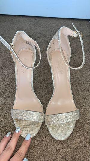 Beautiful size 7 heels for Sale in Menifee, CA
