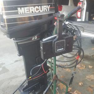 Mercury 2 Stroke 25hp Longshaft Control Motor for Sale in Paso Robles, CA