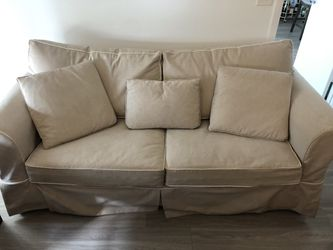 Linen Sleeper Sofa Couch Pull Out Bed for Sale in Orlando,  FL