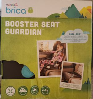 Munchkin Brica Booster Seat Guardian Car Seat Protector, Brown/Black for Sale in Oak Grove, KY