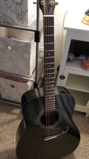 Yamaha Acoustic Guitar Case and Tuner for Sale in Glendale, AZ