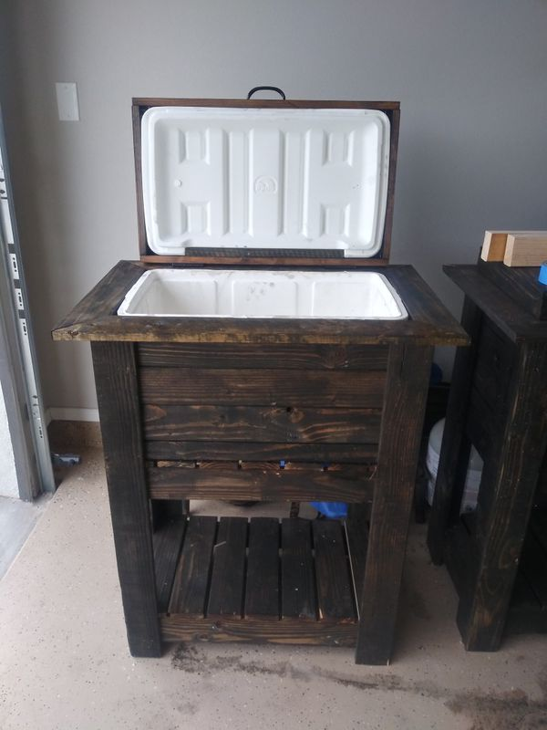Custome Wood Ice Chest