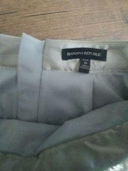 New banana republic sequin skirt silver champagne for Sale in La Vergne,  TN