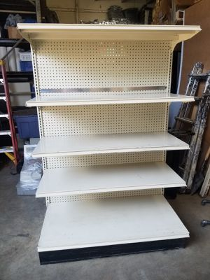 Lot of gondola display shelving 22 sections Available for Sale in Hialeah, FL