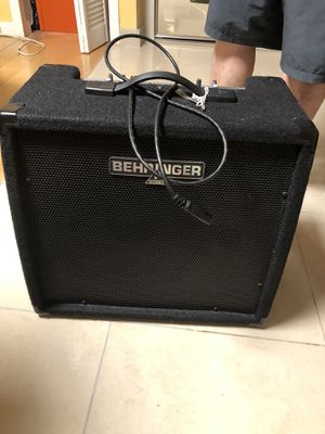 Behringer Amp Speaker for Sale in LA CANADA FLT, CA