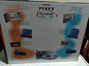 Pyrex 5 piece to go for Sale in Fort Worth, TX