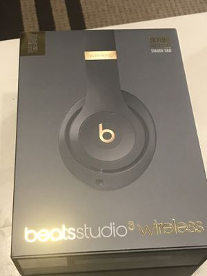 Beats Studio 3 wireless Skyline Collection for Sale in Frederick, MD