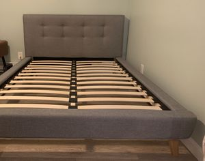MID CENTURY MODERN BED for Sale in Worcester, MA