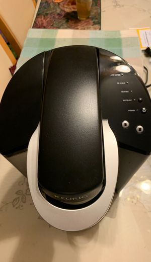 Keurig Coffee Maker for Sale in Glendale Heights, IL