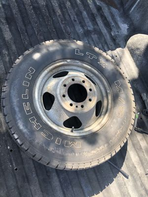 Dually Wheel for Sale in Los Angeles, CA
