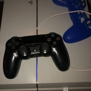 PlayStation 4 for Sale in Hartford, CT