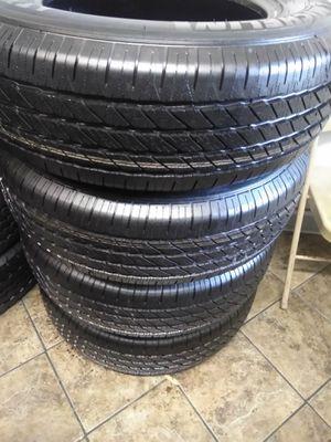 Set of semi new tires 255/70 /R18 MICHELIN for Sale in Culver City, CA