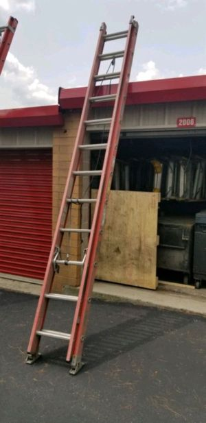 28' Werner fiberglass ladder for Sale in Evergreen, CO