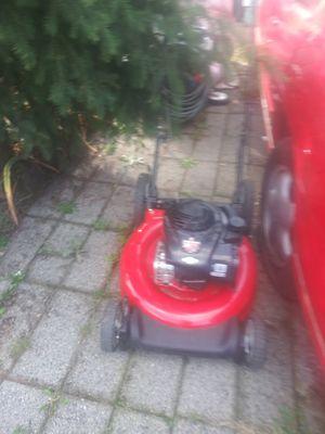 Briggs & stratton 550EX lawn mower for Sale in Tacoma, WA