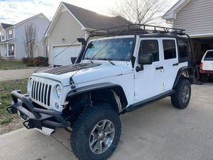 2016 jeep wrangler unlimited JKU for Sale in Clarksville, TN