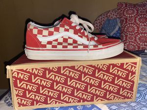 RED CHECKERBOARD OLD SKOOL VANS 5.5Y for Sale in Gastonia, NC