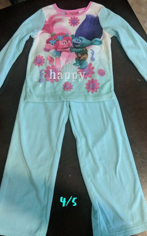 Size 4/5 Trolls Pajama Set for Sale in Tolleson, AZ