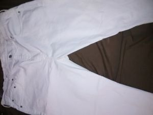 Pair of white Levi's jeans for Sale in Reisterstown, MD