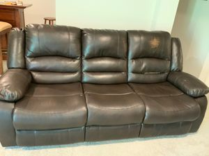 Recliner sofa for Sale in Franklin, TN