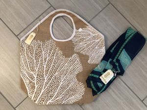 Brand New with Tags MudPie Beach Bag and scarf for Sale in Buford, GA