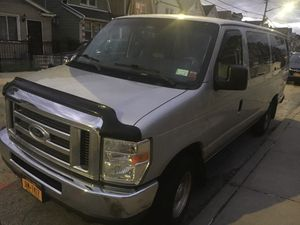 Ford e 350 15 seater for Sale in Queens, NY